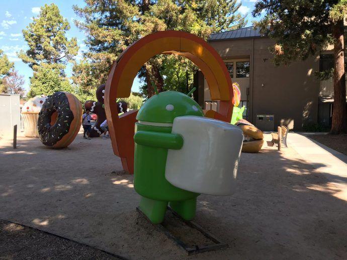 Op-het-terrein-van-Google